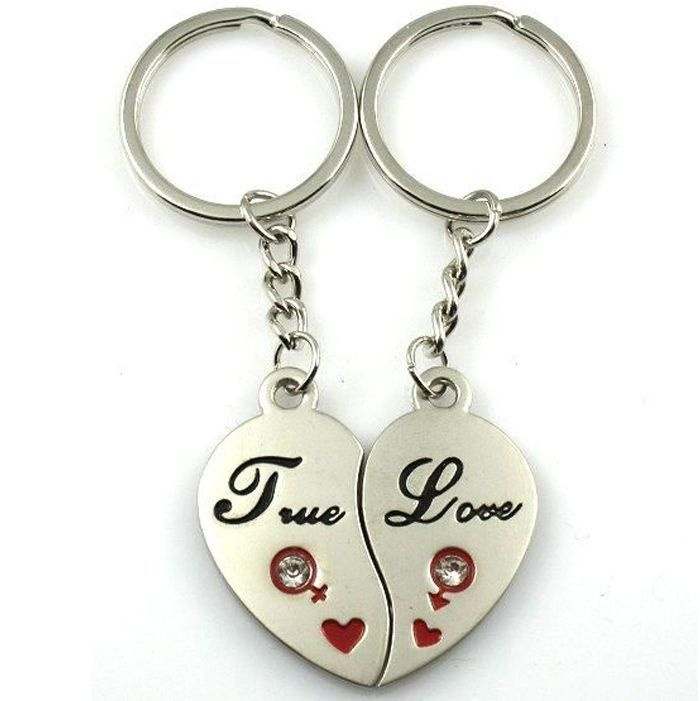 35848505ce New 1 Pair Love Hearts Couple Key Rings Romantic Solid Keychain Keyfob Lover  Gift