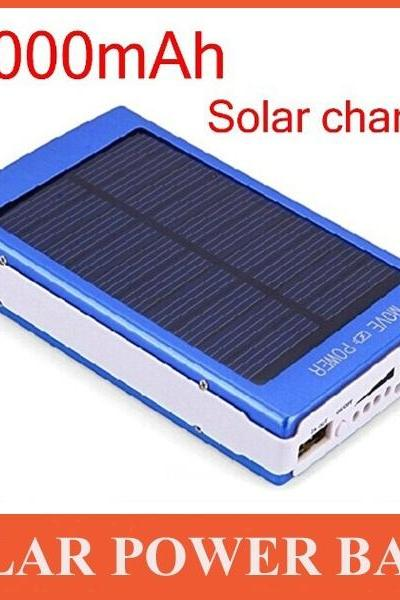 high quality 30000mAH Solar Charger 2 Port External Battery Pack Power Bank For Cellphone iPhone 4 4s 5 5S 5C iPad iPod Samsung Portable