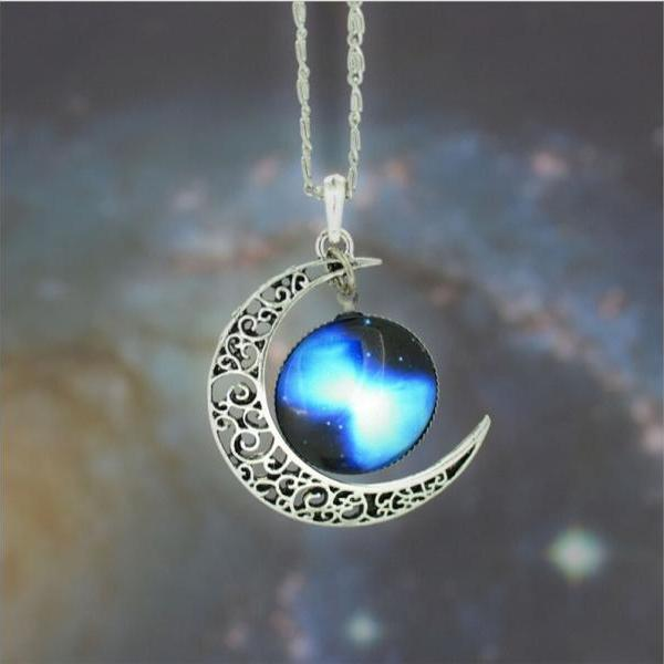 2015 Woman Fashion Silver Charm jewelry Necklace Nebula Galactic Cosmic Moon Necklace (Size 19; Color Silver)