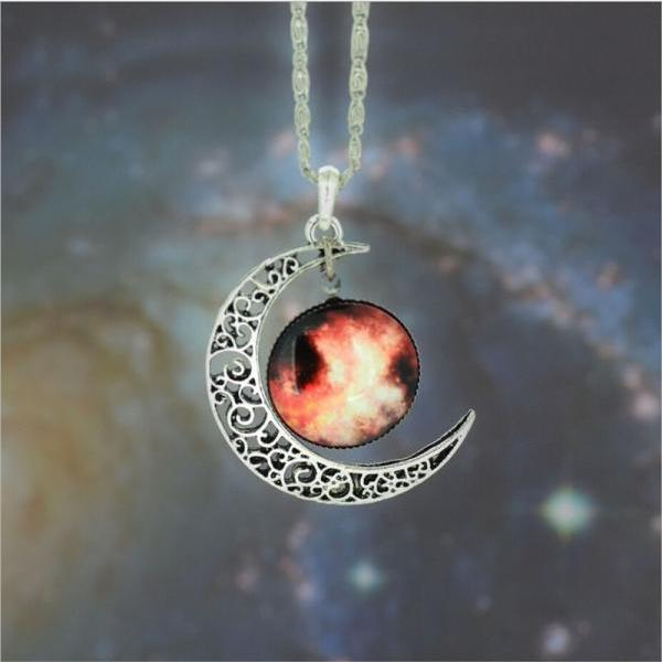 Fashion woman Silver Galaxy Charm jewelry Necklace Galactic Cosmic Moon Necklace (Size 19; Color Silver)